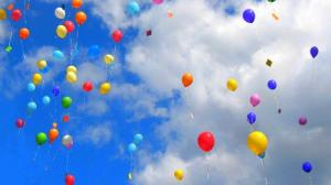 7009440-colourful-balloons-in-sky